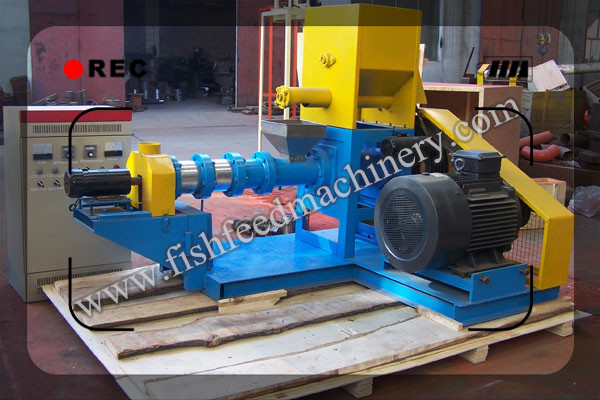 Dry Type Fish Feed Pellet Extruder Shipped to Nigeria